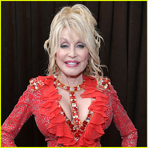 Dolly Parton Addresses Rumors About Her Sexuality