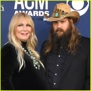Chris Stapleton & Wife Morgane Welcome Fifth Child!