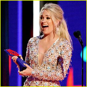 Carrie Underwood Extends Winning Streak at CMT Music Awards 2019!