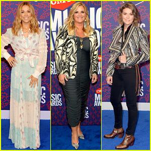 Sheryl Crow, Trisha Yearwood, & Brandi Carlile Join Forces at CMT Music Awards 2019