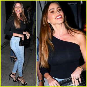 Sofia Vergara Enjoys a Night Out with Friends in WeHo!