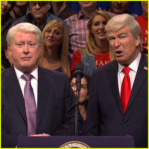 Darrell Hammond Returns as President Clinton for 'Saturday Night Live' Cold Open - Watch!
