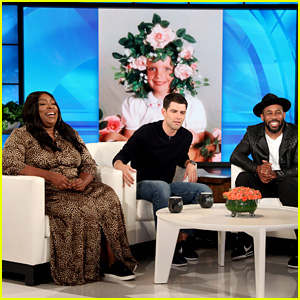 Max Greenfield & Loni Love Play 'tWitch Caption Is Better?' on 'Ellen' - Watch!