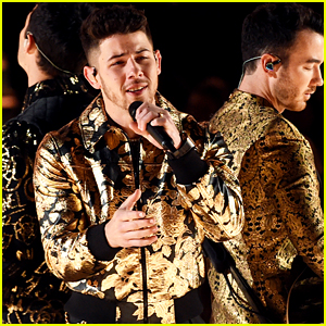Nick Jonas Reveals What Was Stuck in His Teeth During Grammys 2020 Performance