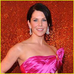 'The Mighty Ducks' Reboot in the Works at Disney+, Lauren Graham to Play Lead!