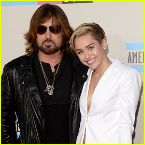 Miley Cyrus Reveals Dad Billy Ray Just Got an iPhone to FaceTime, But He Doesn't Know How!