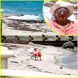 Rod Stewart Sits On a Beach All By Himself in Florida (Photos)