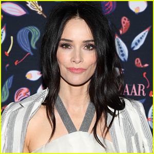 Abigail Spencer Pussy
