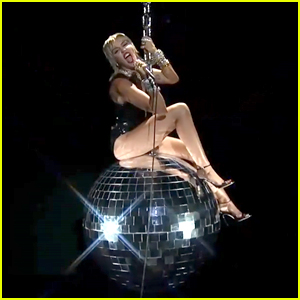 Miley Cyrus Brings Back Her Wrecking Ball for VMAs 2020 Performance of 'Midnight Sky' - Watch Video!