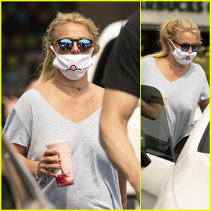 Britney Spears Goes on a Shopping & Starbucks Run in Calabasas