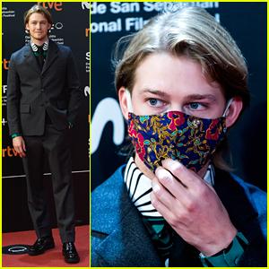 Joe Alwyn Wears Pink Floral Face Mask at San Sebastian Film Festival 2020