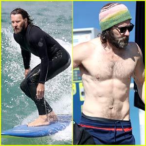 Joel Edgerton Flaunts His Abs After Surfing in Australia!