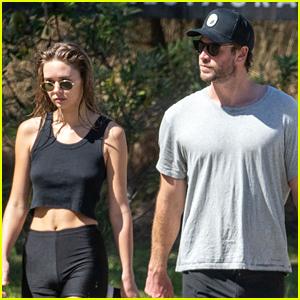 Liam Hemsworth & Girlfriend Gabriella Brooks Walk Barefoot at Byron Bay