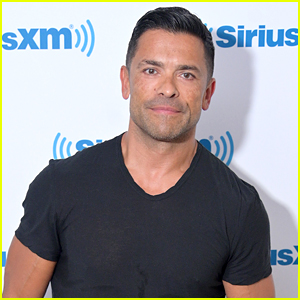 Mark Consuelos Dishes On 'Riverdale's Seven Year Time Jump