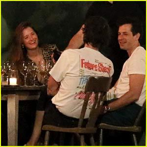 Mark Ronson Joins Grace Gummer & More Friends for Dinner in New York City