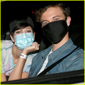 Jack Quaid & Girlfriend Lizzy McGroder Cuddle Up at 'The Boys' Season 2 Drive-In Premiere!