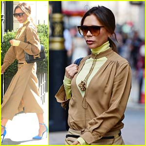 Victoria Beckham Shows Off Chic Style with Bright Blue Heels