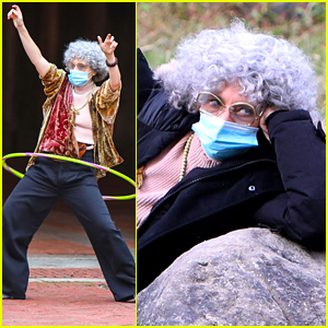 Kate McKinnon Hula Hoops & Shares An Ice Cream With Her Dog While Filming 'SNL' Skit in Central Park