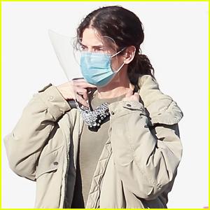 Sandra Bullock Wears Face Mask & Shield on Set of New Movie