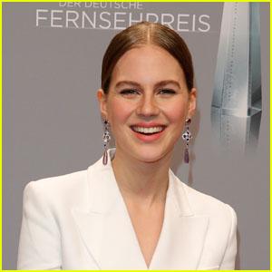 Alicia Von Rittberg Will Play Young Elizabeth I in Starz' 'Becoming Elizabeth'!