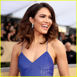 Pregnant Mandy Moore Gets Candid About Preparing for Motherhood