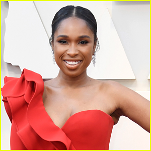 Jennifer Hudson To Sing New Holiday Songs in Upcoming Christmas Movie