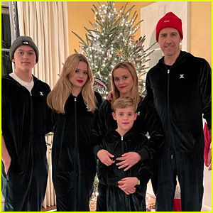 Son toth witherspoons reese tennessee james Reese Witherspoon's