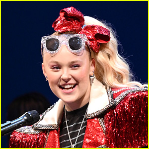 JoJo Siwa Seemingly Comes Out as Gay with Help From Her Cousin