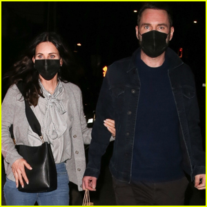 Courteney Cox Holds on Close to Fiance Johnny McDaid on Date Night