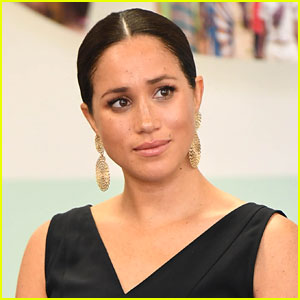 Body Language Expert Reveals When Meghan Markle Was 'So Scared' During 'Oprah with Meghan & Harry'