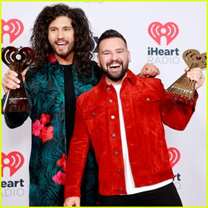 Dan + Shay Win Best Duo/Group at iHeartRadio Music Awards 2021