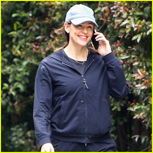 Jennifer Garner is All Smiles While Taking a Phone Call on Her Morning Walk