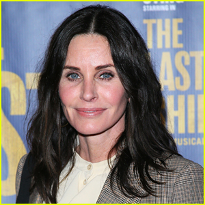 Courteney Cox Opens Up About Never Being Nominated For An Emmy For 'Friends'