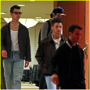Jonas Brothers Leave a Studio After Reportedly Filming New Music Video (Photos)