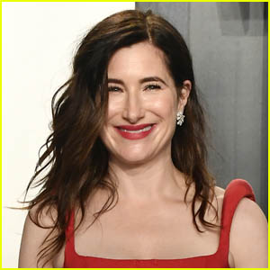 Kathryn Hahn Says She Attended 'Sitcom Bootcamp' to Prepare for Her Role in 'WandaVision'