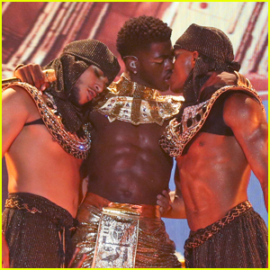 Lil Nas X Makes Out with Male Dancer During 'Montero (Call Me By Your Name)' Performance at BET Awards 2021 - Watch!