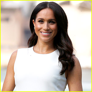Meghan Markle Opens Up About How 2020 Was A Year Of 'Grief' & 'Growth' In Moving Note