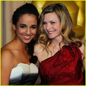 Michelle Pfeiffer Shares A Super Rare Selfie With Her Daughter Claudia