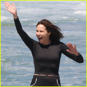 Minnie Driver Enjoys a Sunny Day at the Beach with Her Family