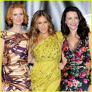 Sarah Jessica Parker, Cynthia Nixon & Kristin Davis Are 'Together Again' In Cute New Pic!