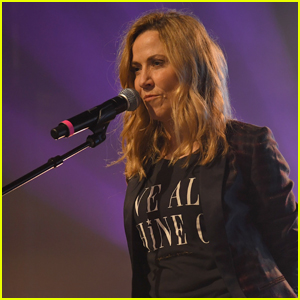 Sheryl Crow Opens Up About Alleged Sexual Harassment From Michael Jackson's Late Manager Frank DiLeo