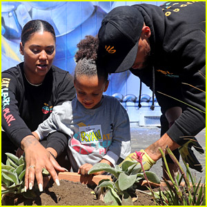 Stephen & Ayesha Curry Give Back to the Community with Help From Their Daughter!