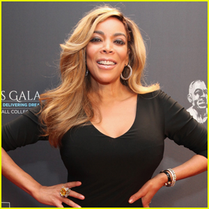 Wendy Williams 'Didn't Wash Boob' For Two Weeks After Halle Berry Flicked It