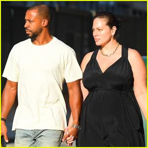 Ashley Graham & Husband Justin Ervin Head Out for Dinner After Announcing Second Pregnancy
