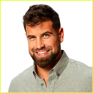 The Bachelorette's Blake Moynes Reveals What He Said to Katie Thurston in Those Pre-Show DMs