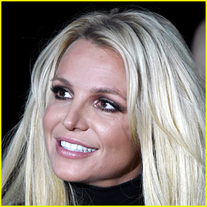 Britney Spears Goes Topless in New Photo on Instagram