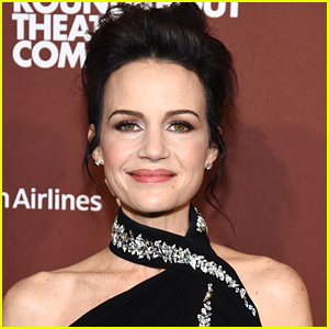 Carla Gugino Says She Looked Like RoboCop After Breaking Her Wrist