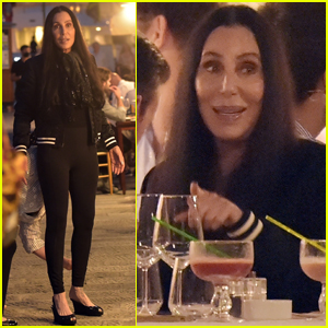 Cher Enjoys Dinner with Friends While on Vacation in Italy!