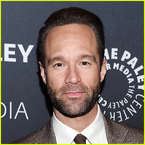 Silicon Valley's Chris Diamantopoulos Bares Ripped Body During a Shirtless Stroll