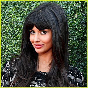 Jameela Jamil Shares Fight Training Video for 'She-Hulk' Role